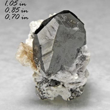 Bixbyite & Gem Pink Topaz  – Location: Thomas Range, Juab Co., Utah.